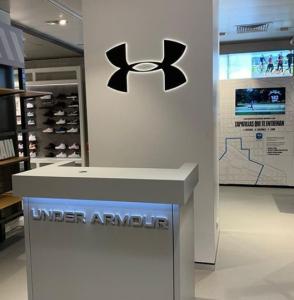 retail angle exhibits